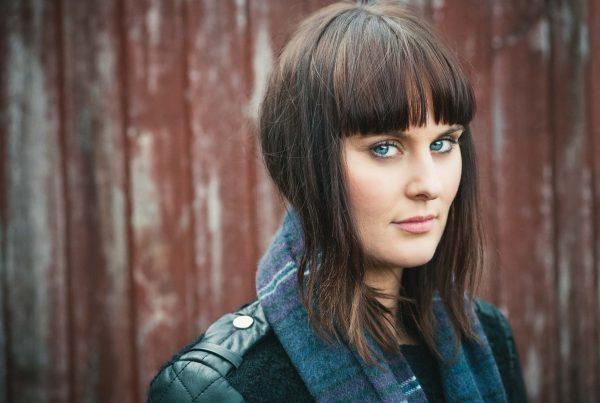 Fashion & Product Photography Portrait Women Scarf